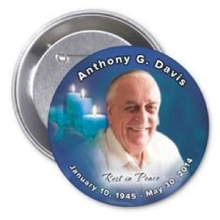 Attractive funeral buttons in Queens