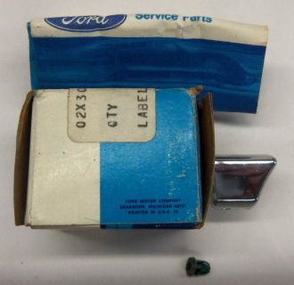 Buy 73-77 Ford truck NOS CAB 2 TONE PAINT MOLDING W/CAB MOUNTED GAS TANK motorcycle in Tipp City, Ohio, US, for US $30.00