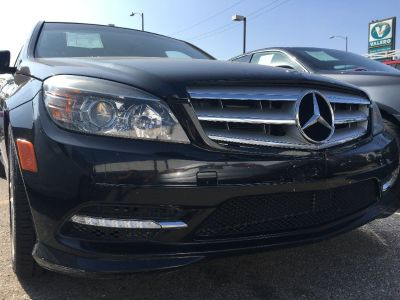 2011 MERCEDES BENZ C300 SPORT SEDAN! ONLY 85K MILES! SUPER CLEAN! $2,000 DRIVE OFF!