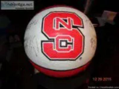 NC STATE SIGNED Basketball