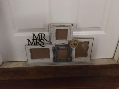 4 picture Mr&Mrs frame