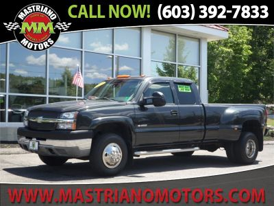 2003 Chevrolet Silverado 3500 Base (GRAY)