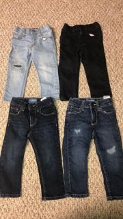 18/24 months Old Navy Skinny Jeans (Fit like 12/1
