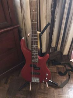 Electric Bass Guitar with amp
