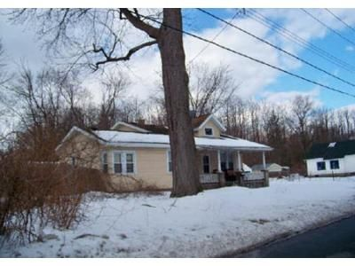 3 Bed 2 Bath Foreclosure Property in Schenectady, NY 12304 - Watt St