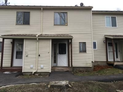 2 Bed 1 Bath Preforeclosure Property in Essex Junction, VT 05452 - Pearl St Apt 7