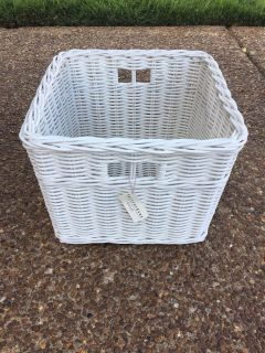 Pottery barn basket with tag