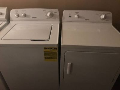 Like new Hotpoint Matching Set with large capacity tubs!