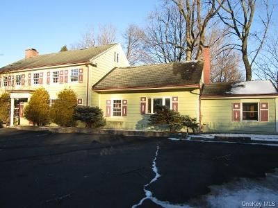 5 Bed 2.5 Bath Foreclosure Property in Congers, NY 10920 - Dover Rd