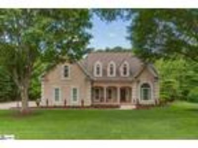 Welcome Home! This beautiful 4bd/3.5 BA home ...