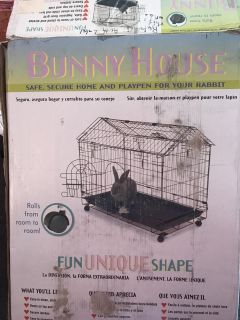 Rolling Bunny House