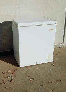 Very Clean Holiday 5 Cu. Ft. Household Chest Freezer, White