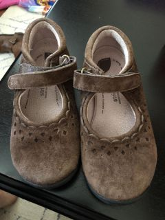 Stride rite brown suede shoes size 9