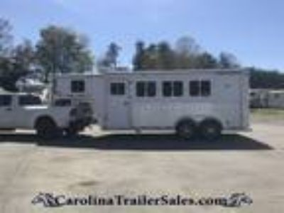 2004 Featherlite 3H Super Compact FULL LQ! Light Weight! 3 horses