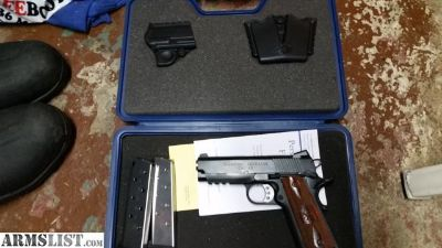 For Sale: Springfield Armory LW Champion. Operator