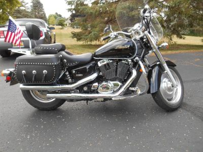 2006 Honda Shadow Sabre 1100 CC. Also Trailer, sold seperately or together.