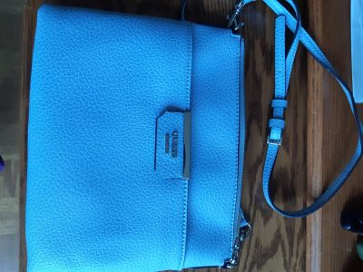 GUESS baby blue purse - perfect - used 1x