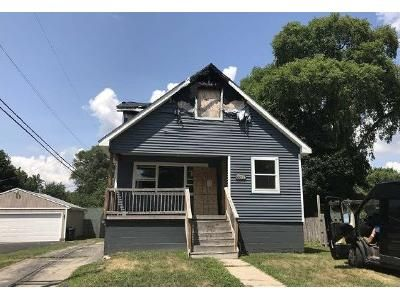 3 Bed 1.5 Bath Foreclosure Property in Waterford, MI 48329 - Louella Dr