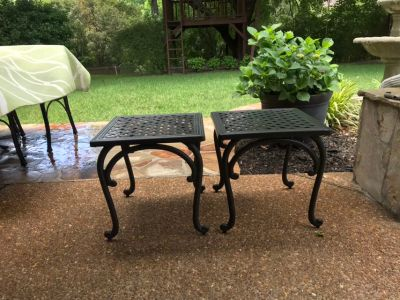 Pair of metal outdoor tables-EUC. 18x18 In. Used on screened porch.