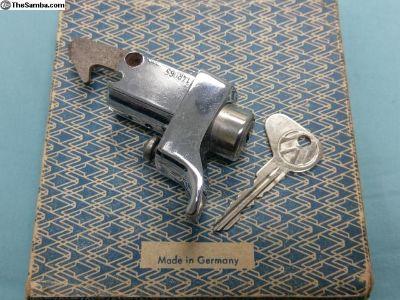 1971/1972 Bay window Bus engine lid lock with key