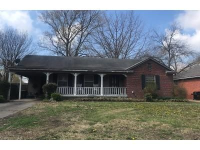 3 Bed 1.0 Bath Preforeclosure Property in Memphis, TN 38122 - Novarese St