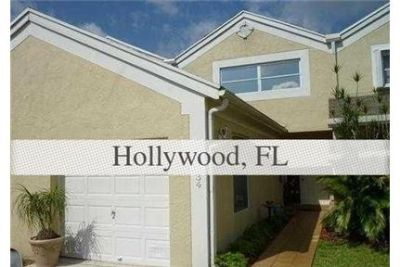 SPACIOUS TOWNHOME WITH 2 MASTER SUITES FOR RENT IN GATED COMMUNITY. Single Car Garage!
