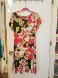Very Cute Dress in great condition. JM collection