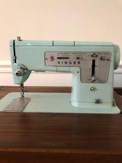 Singer table sewing machine