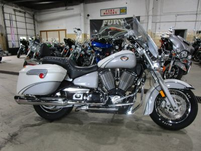 2005 Victory Touring Cruiser Touring Motorcycles South Saint Paul, MN