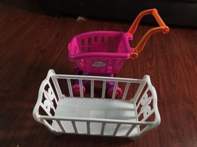 $5 Grocery cart and baby crib