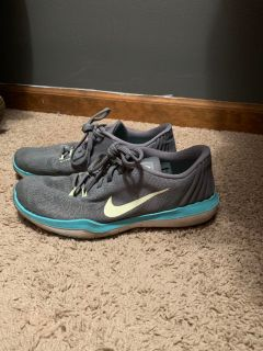 Women s Nike Flywire - running shoes