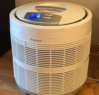 Brand new Honeywell purifier