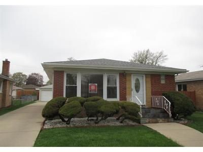 2 Bed 1 Bath Foreclosure Property in Franklin Park, IL 60131 - Sarah St