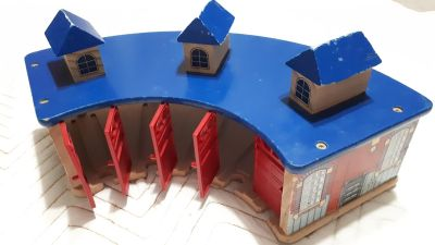 Thomas wooden shed