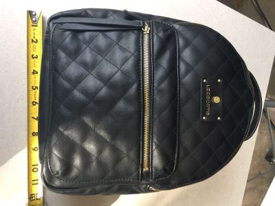 EXCELLENT CONDITION LIZ CLAIBORNE QUILTED BACKPACK