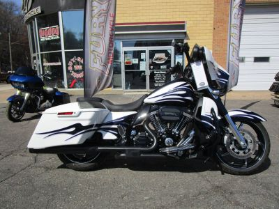 2016 Harley-Davidson CVO Street Glide Touring South Saint Paul, MN