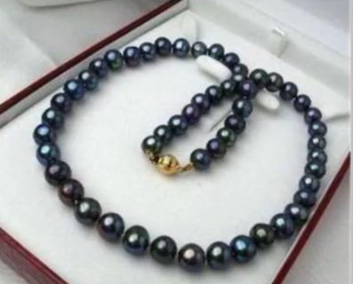 7-8 MM Black Tahitian AAA Pearls 14 carat gold clasp 18in length