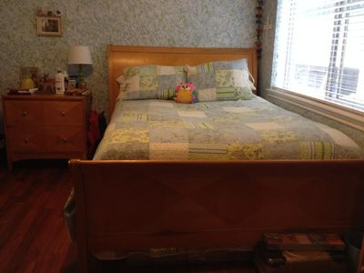 $500, Queen bedroom set