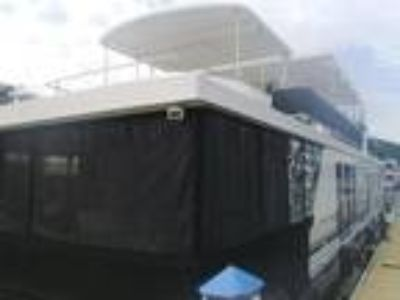 2009 Horizon 18 x 84 Houseboat