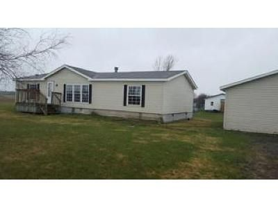3 Bed 2 Bath Foreclosure Property in Watertown, NY 13601 - Porter Rd