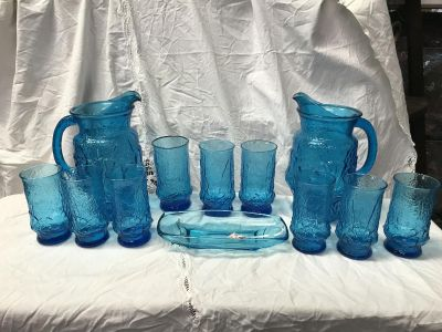 Vintage Rainflower set, 2 pitchers, 9 glasses; and additional blue glass dish
