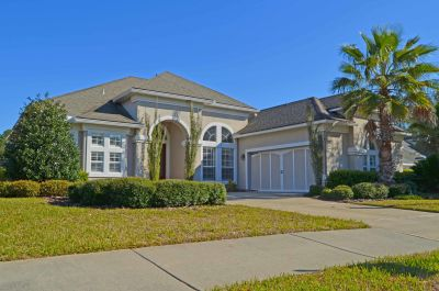 Stunning Four Bedroom in Gated Amelia National!