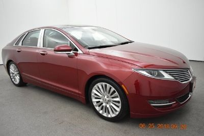 2015 Lincoln MKZ Base (red)
