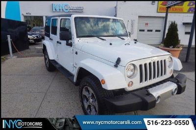 2017 Jeep Wrangler Unlimited Sahara (White)