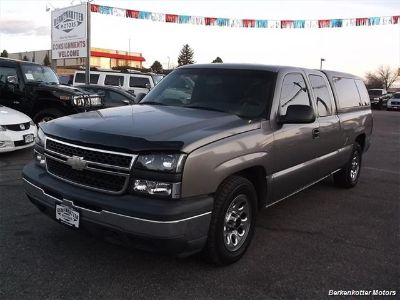 2006 Chevrolet Silverado 1500 Work Truck (Gray)