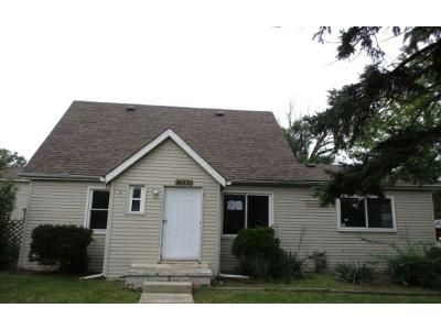 4 Bed 1 Bath Foreclosure Property in Taylor, MI 48180 - Goddard Rd