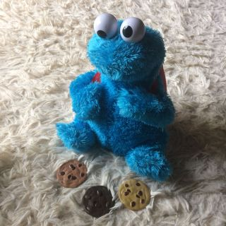 Cookie Monster count & crunch