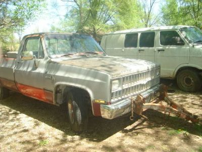 For Sale: 1981 Chevy Pick-Up