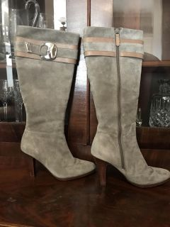 Cole Haan Nike Air Gray / tan Suede boots, size 6.5AA