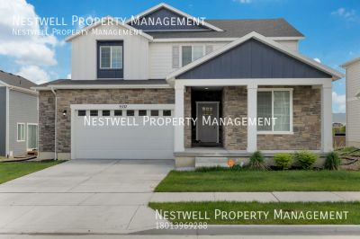 Awesome Upgraded 2-story Home @ The District
